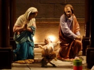 manger-with-jesus-opening-the-arms_21250284